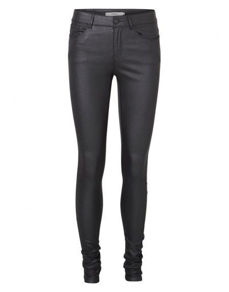 Pantalón polipiel negro Vero Moda Seven smooth para mujer - Imagen 3